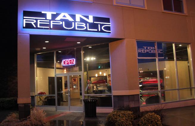 Tan Republic Gresham